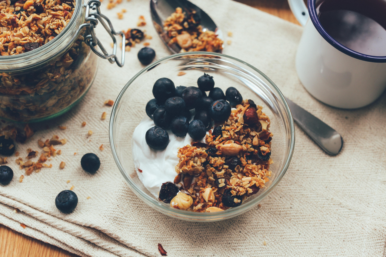 Dietas para perder peso con cereales y frutos del bosque