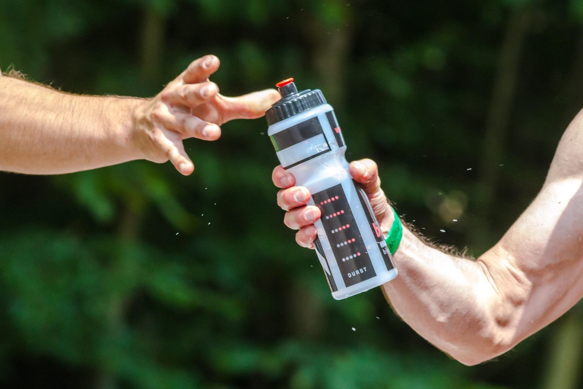 bebida isotónica, deporte, entrenamiento, salud, vida sana. Centro Pronaf